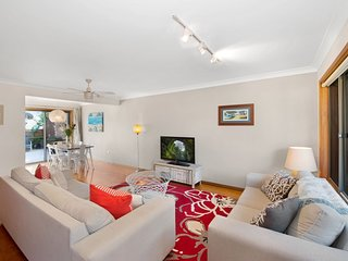 Avoca Ridge 8 - Modern Beach Style Townhouse