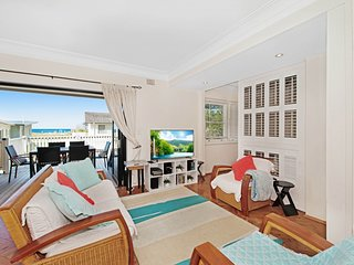 Elanora 2 - Great Location