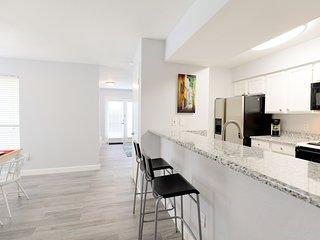 Modern renovated condo
