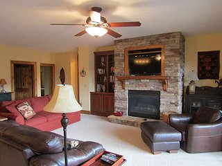 2/2 Condo-The Lodges at Elkmont, in Banner Elk! Rented by Sugar Mtn Lodging