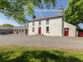 Ffynnonddewi Farmhouse