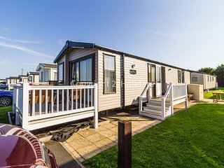 8 berth with D/G & C/H and decking. At Caister-On-Sea. *Pets Welcome. REF 30009D