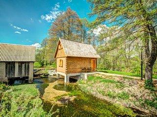 1 bedroom Villa in Vrelo Koreničko, Ličko-Senjska Županija, Croatia : ref 562538