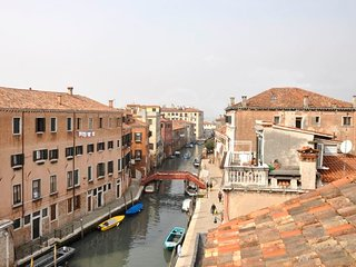 2 bedroom Apartment in Sestiere di Santa Croce, Veneto, Italy : ref 5218339