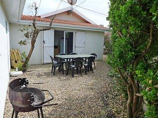 2 bedroom Apartment in Lacanau-Ocean, Nouvelle-Aquitaine, France : ref 5667448