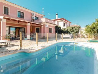 4 bedroom Villa in Antequera, Andalusia, Spain : ref 5622930