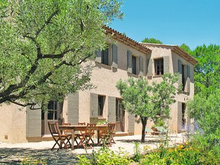 5 bedroom Villa in Saint-Jacques-en-Valgodemard, Provence-Alpes-Côte d'Azur, Fra