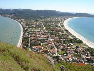 Casa barata a 50mts da praia com Wi-fi e Ar-Condicionado!!!