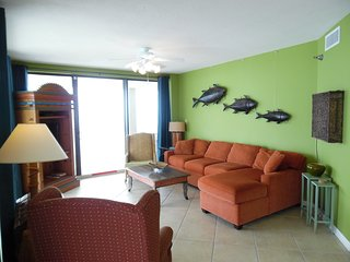 14th Floor, end unit w/wrap around balcony!