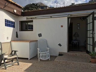 LOS SUERTES COTTAGE UNO PEACEFUL AND RELAXING SURROUNDINGS. FREE WIFI.