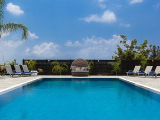 The Imperial Residence - Sleeps 12.  Huge Garden, Fantastic Pool and Hot Tub