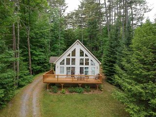 Tall Pines Lakefront Chalet
