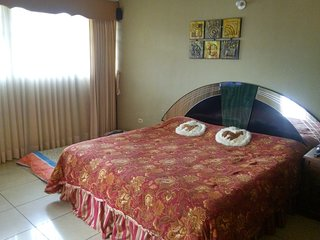 Comfortable and cozy Studio Room 9.7 kms. from Antigua Guatemala