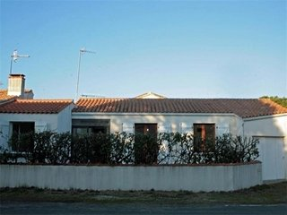 Rental Villa La Tranche-sur-Mer, 2 bedrooms, 4 persons
