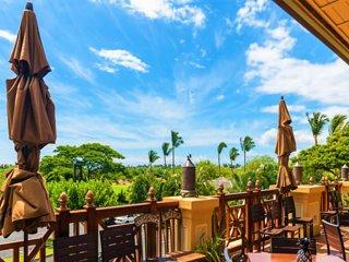 Lush Scenery Awaits At Kona Resort!