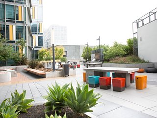 Playful 1BR in SoMA by Sonder