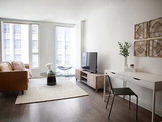 Sonder | 9th Apartments | Relaxed 1BR + Gym