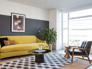 Sonder | Van Ness | Vibrant 1BR + Rooftop