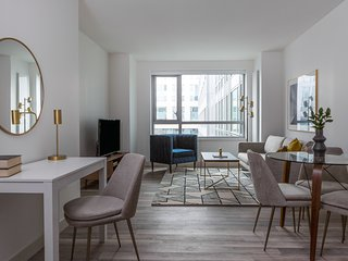 Sonder | Eighth Street | Polished 1BR + Gym