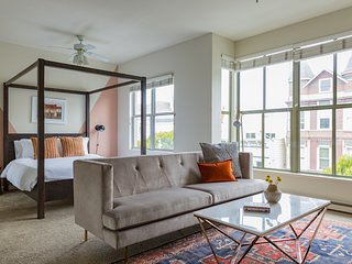 Hip Studio in Lower Pacific Heights by Sonder