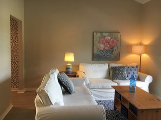 Charming Amelia Island Extended Stay Condo 2 Blocks to Beach!