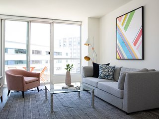 Deluxe 1BR in Rincon Hill by Sonder