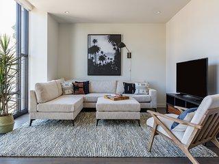 Sonder | Lombard Street | Stunning 2BR + Rooftop