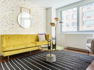 Colorful 1BR in Midtown East by Sonder