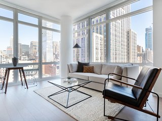 Sophisticated 1BR in Midtown East by Sonder