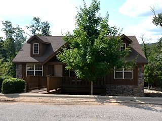Good Catch Cabin, Pets, Indoor Pool, Fishing, Playgnd, Golf, Vball, Fitness