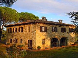 Podere Lucignano Secondo - Charming Tuscan Villa