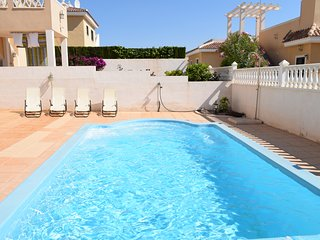 Detached villa with salt water pool!