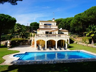 4 bedroom Villa in Bell-Lloch, Catalonia, Spain : ref 5669276