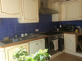 Spacious and Bright Bed & Breakfast in Trendy Clatham