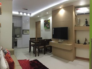 Fully-Furnished 2 Bedroom Condo Apartment