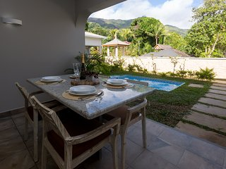 Beau Vallon Villa 1 Bedroom Chalet