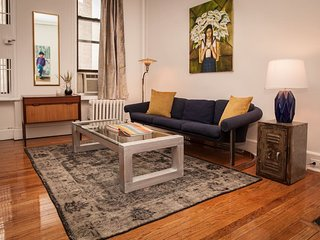 Cozy 2BR in prime West Village location. Visit the Villages, NoHo, SoHo, Bowery!