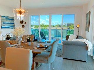 Brand New Luxury Downtown Lake Worth Condo!