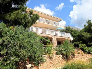 Two bedroom apartment Sveta Nedilja (Hvar) (A-110-b)