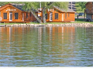 DeRuyter Lake Cottage Rentals