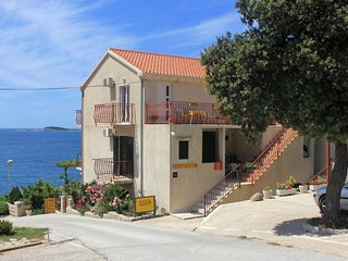One bedroom apartment Soline, Dubrovnik (A-8825-a)
