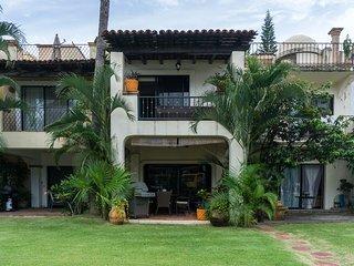 Family Friendly Villa Overlooking Marina Vallarta