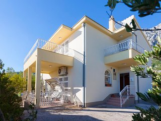 ctvb149 - The spacious villa has four bedrooms and two bathrooms and it is ideal