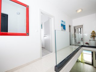 ctma128- Newly built, modern and beautiful villa in Makarska, up to 10 people, t