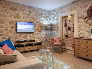 cttu213 - Cottage offers romantic night views of the stars and relaxing moments
