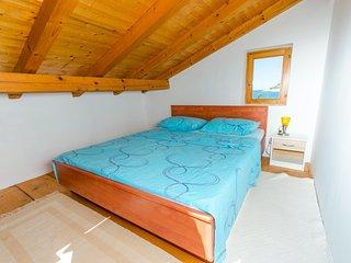 ctdv191 - Die Villa aus 2 Etagen, 10 + 2 Personen in 4 Schlafzimmmern in Drvenik