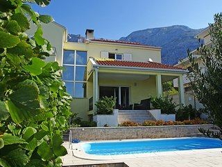 ctma101- SPECIAL PRICE (10 % DISCOUNT INCLUDED IN PRICE)Holiday home with pool,