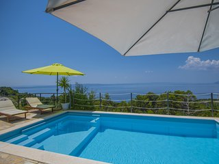 cttu164 - Holiday house with pool in Tucepi, up to 9 persons in Tuèepi