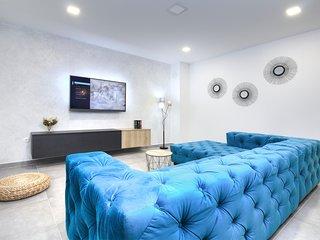 ctma231- NEW !! Villa with pool, 4 bedrooms, up to 8 people in Makarska