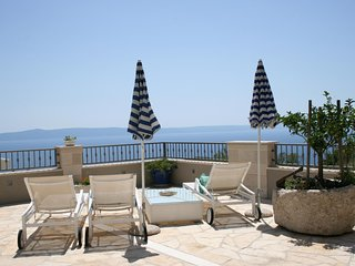 ctma212 - Villa with pool, beautiful sea view (south side) and a breathtaking vi